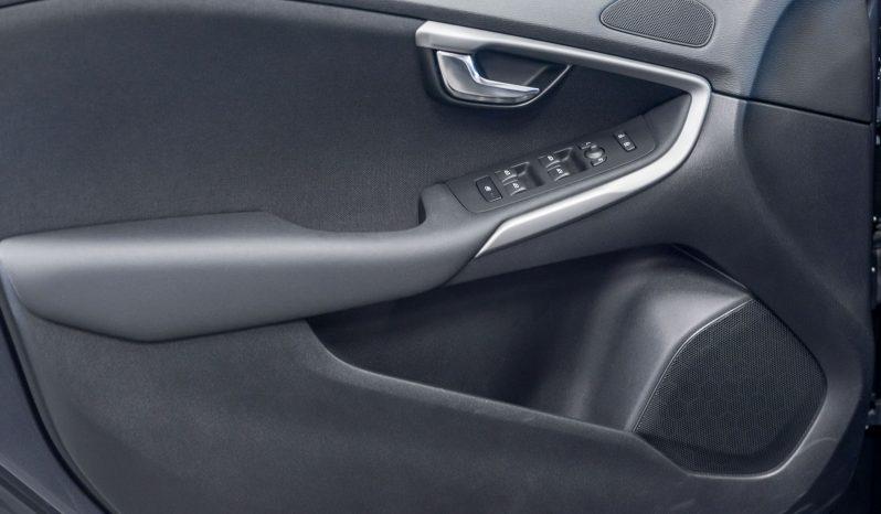 Volvo V40 1.6 D2 Kinetic full